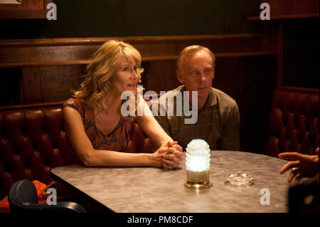 ENLIGHTENED (Season 2, episode 2): Laura Dern, Mike White. photo: Lacey Terrell - Stock Photo