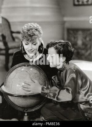 Greta Garbo and Freddie Bartholomew 'Anna Karenina' 1935 MGM. File Reference # 31202_243THA - Stock Photo