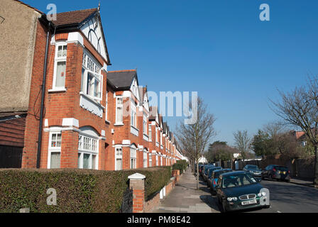 bay fronted victorian houses in bedford park, chiswick, london, england - Stock Photo