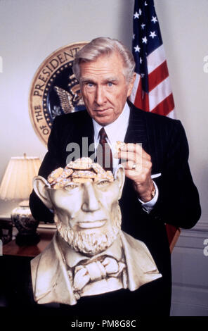 Film still / publicity still from 'Hot Shots!  Part Deux' Lloyd Bridges © 1993 20th Century Fox Photo Credit: Bruce Birmelin   File Reference # 31371265THA  For Editorial Use Only All Rights Reserved - Stock Photo