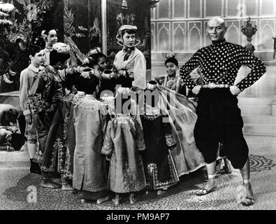 Deborah Kerr and Yul Brynner,''The King And I' 1956 20th Century Fox    File Reference # 31955 123THA - Stock Photo