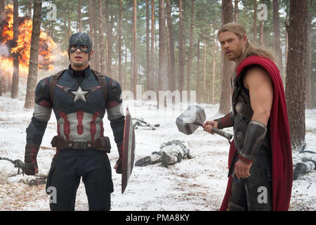 Marvel's Avengers: Age Of Ultron..L to R: Captain America/Steve Rogers (Chris Evans) and Thor (Chris Hemsworth), Marvel 2015 - Stock Photo