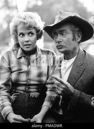 Donna Douglas, Buddy Ebsen,'The Beverly Hillbillies' circa 1964 CBS File Reference # 32509_396THA - Stock Photo