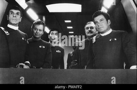 Leonard Nimoy, DeForest Kelley, George Takei, Nichelle Nichols, James Doohan and Walter Koenig in 'Star Trek IV: The Voyage Home', 1986 Paramount File Reference # 32633 550THA - Stock Photo