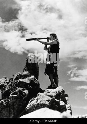 Dan O'Herlihy, 'The Adventures of Robinson Crusoe' aka 'Las Aventuras de Robinson Crusoe' (1954 Mexico) Producciones Tepeyac  File Reference # 33300 607THA - Stock Photo