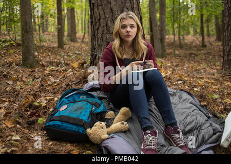 Chloë Grace Moretz stars in Columbia Pictures' 'The 5th Wave.' - Stock Photo