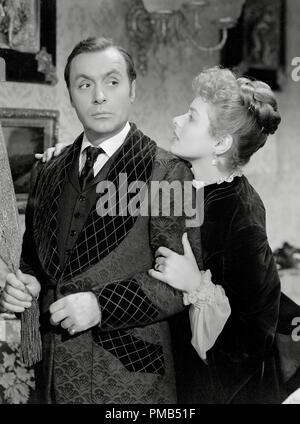 Charles Boyer, Ingrid Bergman 'Gaslight' 1944 MGM  File Reference # 33371 506THA