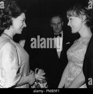 Princess Margaret, Petula Clark, 1967 © JRC /The Hollywood Archive - All Rights Reserved File Reference # 32557 742THA - Stock Photo