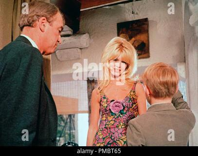 James Stewart, Brigitte Bardot and Billy Mumy, ' Dear Brigitte' (1965) 20th Century Fox  File Reference # 32914 324THA - Stock Photo