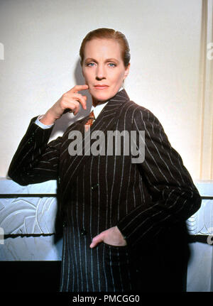 Julie Andrews, 'Victor / Victoria' (1981) MGM File Reference # 33536_858THA  For Editorial Use Only -  All Rights Reserved - Stock Photo