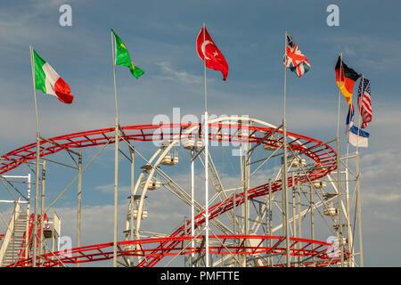 Barry Island Beach Fun Fair - Stock Photo