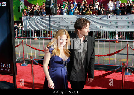 The X-Files: I Want to Believe Premiere  Gillian Anderson, David Duchovny 7-23-2008 / Mann's Grauman Chinese Theatre / Hollywood, CA / 20th Century Fox / Photo © Joseph Martinez / Picturelux  File Reference # 23571 0017JM   For Editorial Use Only -  All Rights Reserved - Stock Photo