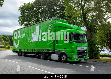AO articulated distribution lorry UK - Stock Photo
