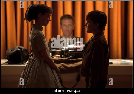 Prod DB © Walt Disney Pictures / DR A LA POURSUITE DE DEMAIN (TOMORROWLAND) de Brad Bird 2015 USA avec Raffey Cassidy, Hugh Laurie et Thomas Robinson science fiction - Stock Photo