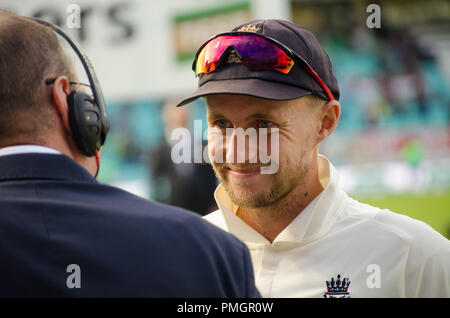 Kia Oval, London, UK. 11th Sept 2018. Specsavers England v India Test Match Cricket, 5th test, day 5; Joe Root - being interviewed by Jonathan Agnew - Stock Photo