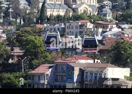 Tbilisi, Georgia. 17th Sep, 2018. TBILISI, GEORGIA - SEPTEMBER 17, 2018: Cableway. Artyom Geodakyan/TASS Credit: ITAR-TASS News Agency/Alamy Live News - Stock Photo