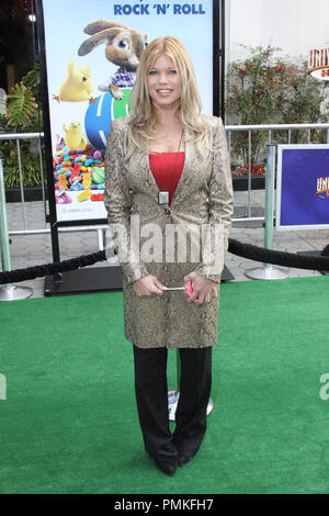 Donna D'Errico at the premiere of Universal Pictures' 'HOP.' Arrivals held at Universal Studios Hollywood in Universal City, CA, March 27, 2011. Photo by: Richard Chavez / PictureLux - Stock Photo