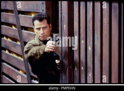 Prod DB © 20th Century / DR BROKEN ARROW (BROKEN ARROW) de John Woo 1992 USA avec John Travolta pistolet, viser - Stock Photo