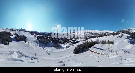 Les Arc 1800 piste - Savoie - France - Stock Photo
