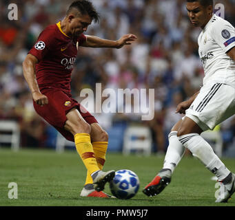Madrid, Madrid, Spain. 19th Sep, 2018. Cengiz Under (AS Roma) seen in action during the UEFA Champions' League group G football match Real Madrid against AS Roma at the Santiago Bernabeu Stadium in Madrid.Final Score Credit: Manu Reino/SOPA Images/ZUMA Wire/Alamy Live News - Stock Photo