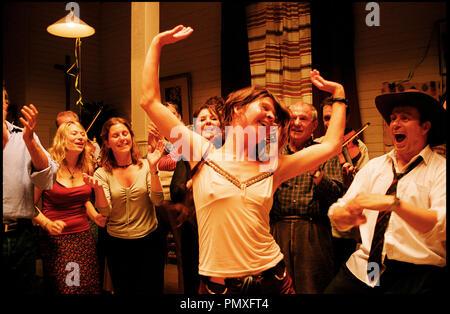 Prod DB © Sonet Film AB - GF Studios AB / DR LA CHORALE DU BONHEUR (SA SOM I HIMMELEN) de Kay Pollak 2004 SUE. avec Ingela Olsson danser, fete autre titre: As In Heaven - Stock Photo