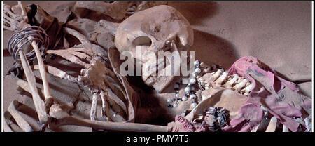 Prod DB © Batjac Productions - Dear Film Produzione / DR LA CITE DISPARUE (LEGEND OF THE LOST) de Henry Hathaway 1957 USA / ITA venture, squelette scenario de Ben Hecht - Stock Photo