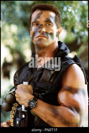 Prod DB © 20TH Century / DR COMMANDO de Mark Lester 1985 USA avec Arnold Schwarzenegger militaire, soldat, camouflage - Stock Photo