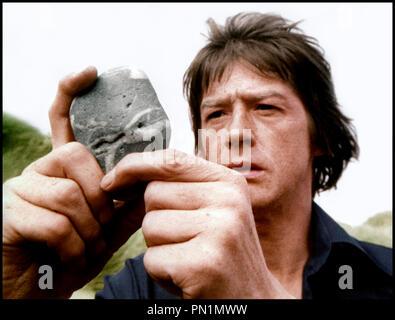 Prod DB © Rank Organisation / DR LE CRI DU SORCIER (THE SHOUT) de Jerzy Skolimowski 1978 GB avec John Hurt pierre, curiosite, - Stock Photo