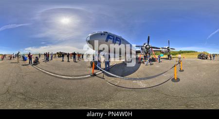 Boeing B-29 FiFi, Mitzi Misbehavin', Historic Flight Foundation, Mukilteo, WA - Stock Photo