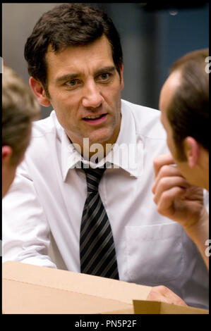 Prod DB © Relativity Media - Universal Pictures / DR DUPLICITY de Tony Gilroy 2009 USA/ALL. avec Clive Owen - Stock Photo