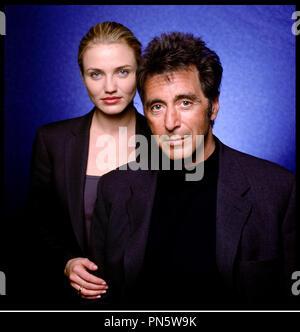 Prod DB © Warner Bros / DR L'ENFER DU DIMANCHE (ANY GIVEN SUNDAY)  de Oliver Stone 1999 USA avec Cameron Diaz et Al Pacino portrait studio - Stock Photo