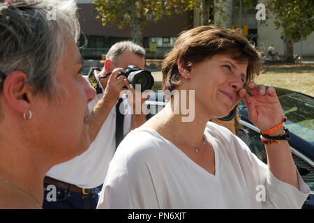 Villeurbanne, France, September 20th, 2018: Accompanied by Frederique Vidal, Minister for Higher Education, former swimming champions and newly promoted Minister of Sports, Roxana Maracineanu is seen at INSA and STAPS High Schools in Villeurbanne, near Lyon (Central-Eastern France) on september 20, 2018, as she meets members of the Organization Comity of Olympic Games and French Federation of Sports, students and champions, on the occasion of the official launching of Generation 2014 label for Universities. Credit photo: Serge Mouraret/Alamy Live News - Stock Photo