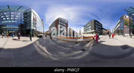 Street in front of the shopping centre Valkea in Oulu, Finland - Stock Photo