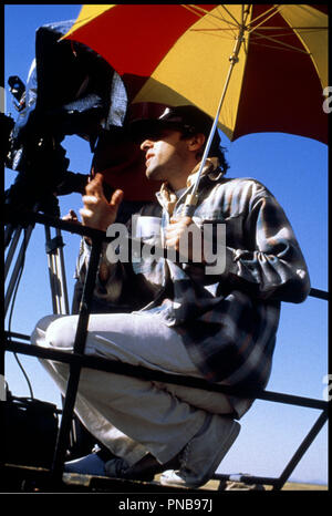 Prod DB © Miramax / DR FLIRTER AVEC LES EMBROUILLES (FLIRTING WITH DISASTER) de David O Russell 1996 USA David O Russell sur le tournage - Stock Photo