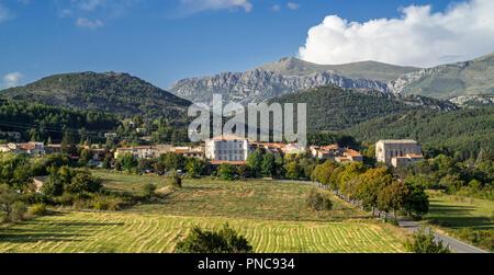 The village La Palud-sur-Verdon near the Gorges du Verdon / Verdon Gorge canyon, Alpes-de-Haute-Provence, Provence-Alpes-Côte d'Azur, France - Stock Photo