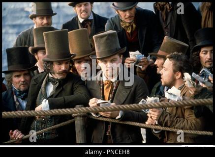 Prod DB © Miramax / DR GANGS OF NEW YORK (GANGS OF NEW-YORK) de Martin Scorsese 2002 USA avec Daniel Day-Lewis et Leonardo DiCaprio d'apres le roman de Herbert Asbury - Stock Photo