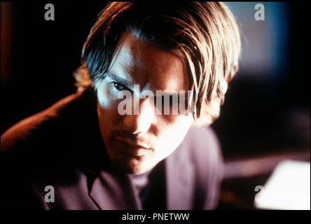 Prod DB © Double A Films / DR HAMLET (HAMLET) de Michael Almereyda 2000 USA avec Ethan Hawke d'apres la piece de William Shakespeare - Stock Photo