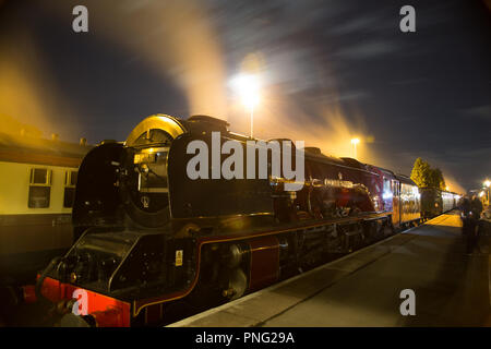 Kidderminster, UK. 21st September, 2018. Excitement at the Severn Valley Railway's Autumn Steam Gala continues well into the night as visitors take full advantage of the extensive all-night timetable running this evening and tomorrow. Credit: Lee Hudson/Alamy Live News - Stock Photo