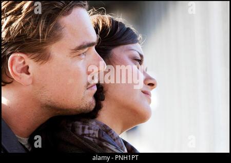 Prod DB © Warner Bros. Pictures - Legendary Pictures / DR INCEPTION de Christopher Nolan 2010 USA avec Leonardo DiCaprio et Marion Cotillard - Stock Photo