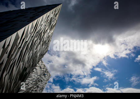 Belfast, Northern Ireland - August 23rd 2018: The impressive architecture of the Titanic Belfast museum on the site of the former Harland and Wolff sh - Stock Photo