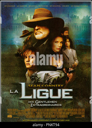 Prod DB © 20th Century Fox / DR LA LIGUE DES GENTLEMEN EXTRAORDINAIRES (THE LEAGUE OF EXTRAORDINARY GENTLEMEN) de Stephen Norrington 2003 USA affiche française avec Tony Curran, Naseeruddin Shah, Shane West, Sean Connery, Peta Wilson, Jason Flemyng et Stuart Townsend d'apres les B.D. de Alan Moore et Kevin O'Neill - Stock Photo