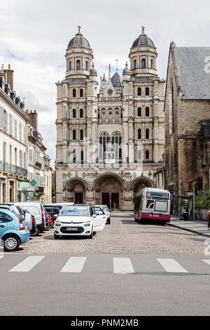 DIJON, FRANCE - AUGUST 10, 2017: Exterior of church of Saint Michel in Dijon - Stock Photo