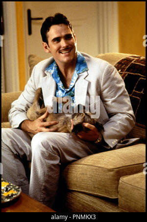 Prod DB © 20th Century Fox /DR MARY A TOUT PRIX (THERE'S SOMETHING ABOUT MARY) de Bobby et Peter Farrelly 1998 USA avec Matt Dillon chemise a fleur, chien - Stock Photo