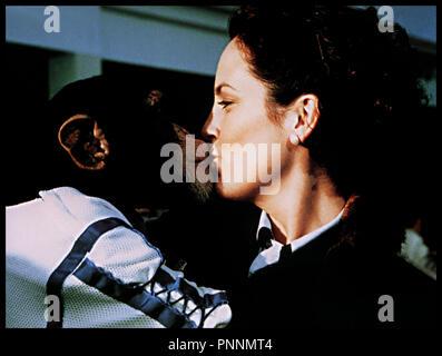 Prod DB © Century Entertainment / DR MON COPAIN MAC HEROS DES ETOILES (RACE TO SPACE) de Sean McNamara 2001 USA / ALL avec Annabeth Gish singe, bisou, zoophilie - Stock Photo