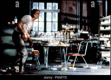 Prod DB © Brooksfilms / DR LA MOUCHE (THE FLY) de David Cronenberg 1986 USA avec Jeff Goldblum mutation, monstre, expérience, scientifique, transformation, - Stock Photo