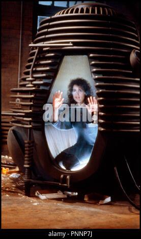 Prod DB © Brooksfilms / DR LA MOUCHE (THE FLY) de David Cronenberg 1986 USA avec Geena Davis enfermee, experience scientifique, - Stock Photo