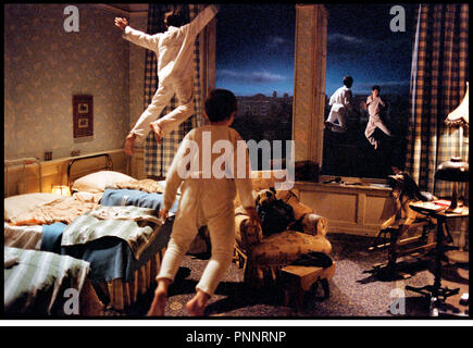 Prod DB © Film Colony / DR NEVERLAND (FINDING NEVERLAND) de Marc Forster 2003 USA / GB enfants, fantastique, envoler, peter pan d'apres la piece de Allan Knee - Stock Photo