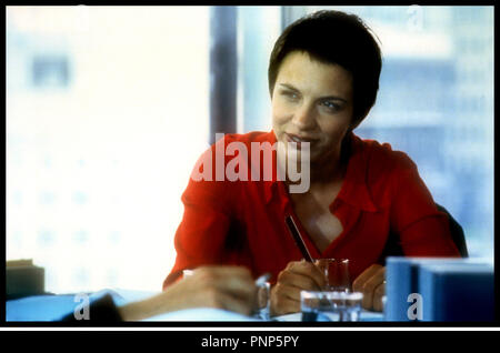 Prod DB © Granada Films / DR MORT CLINIQUE (HEART) de Charles McDougall 1999 GB avec Kate Hardie bureau, travail - Stock Photo