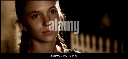 Prod DB © Roman Spring Pictures / DR THE MYTH OF THE AMERICAN SLEEPOVER de David Robert Mitchell 2010 USA avec Amanda Bauer adolescente, portrait - Stock Photo