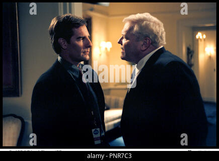 Prod DB © Trimark Pictures / DR NETFORCE de Robert Lieberman 1999 USA avec Scott Bakula et Brian Dennehy face ˆ face, intimidation - Stock Photo